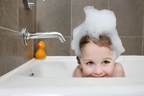 фото в ванной моются в