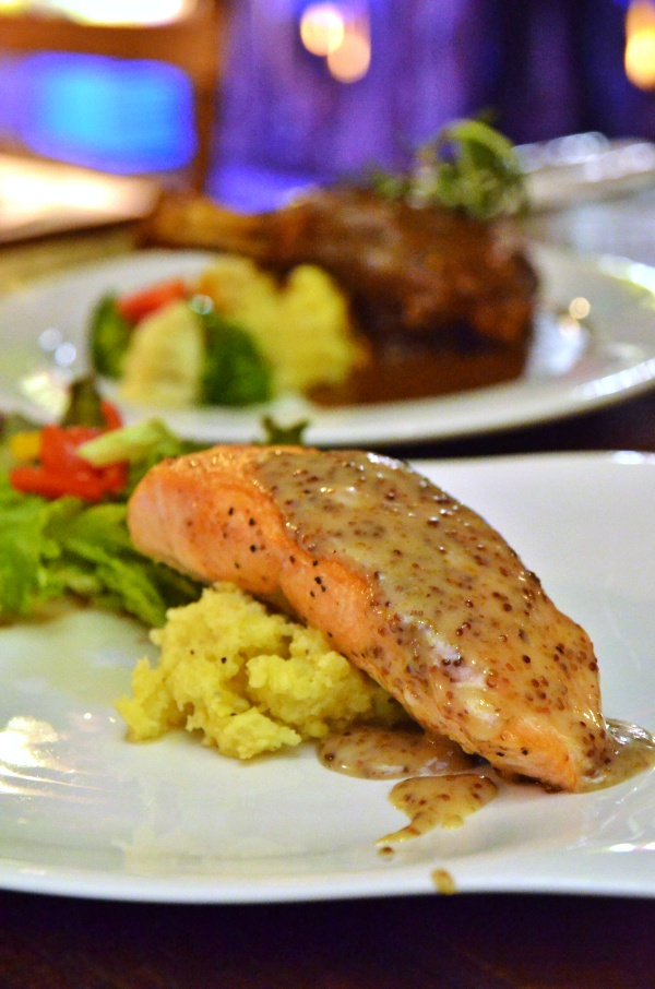 Grilled Salmon with Mashed Potatoes