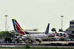 Boeing 737-800 da Copa e Airbus A330 da Alitalia