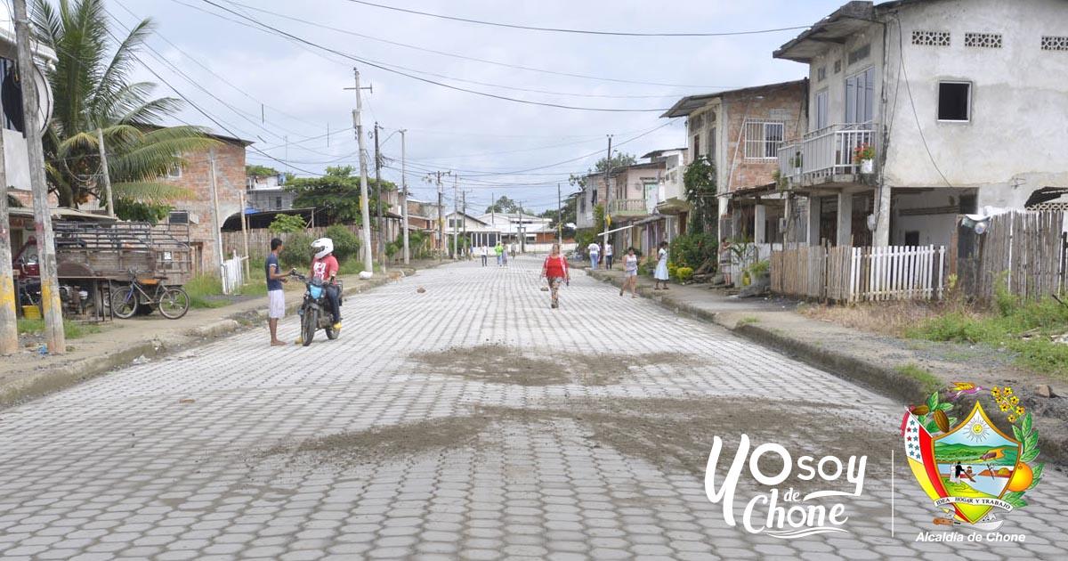 Calles y Barrios son adoquinados, regeneración urbana llega al 100%