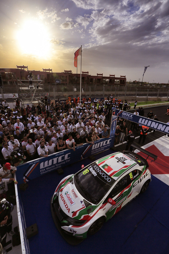 ambiance podium race 2 MONTEIRO Tiago (prt) Honda Civic team Castrol Honda WTC ambiance during the 2017 FIA WTCC World Touring Car Race of Morocco at Marrakech, from April 7 to 9 - Photo Paulo Maria / DPPI