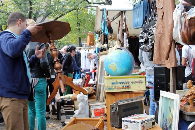 на блошином рынке в Берлине