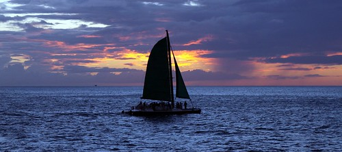 Sunset Sailing | by Prayitno / Thank you for (12 millions +) view