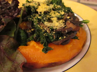 Garlicky Mushrooms & Kale (with baked sweet potato)