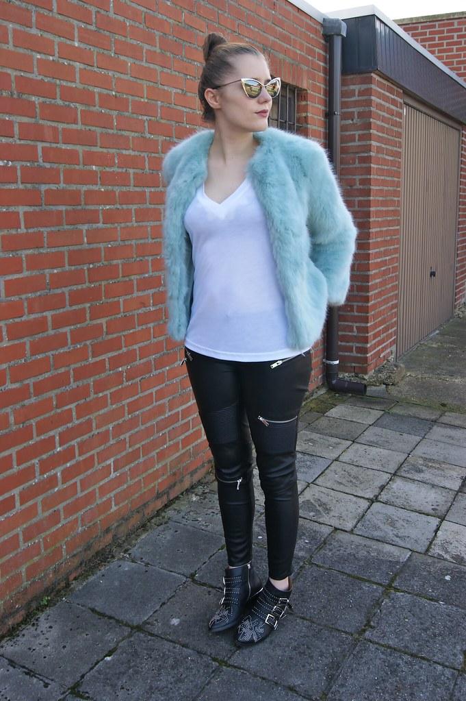 OutfitBlues3