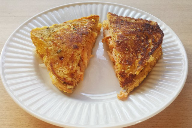 sandwich no. 46: buffalo chicken grilled cheese on jalapeno cheddar bread