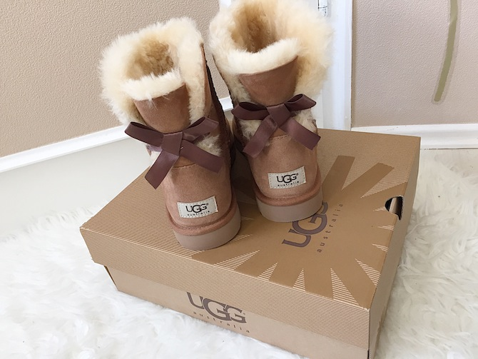 carinasvl ugg australia boots mini bailey bow. Black Bedroom Furniture Sets. Home Design Ideas