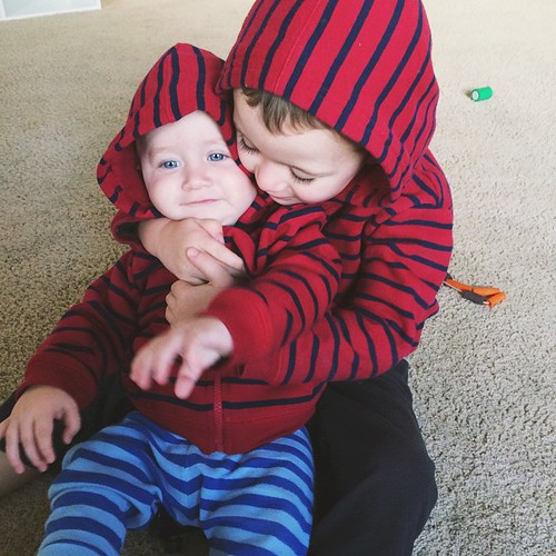 In their matching hoodies allll day long.