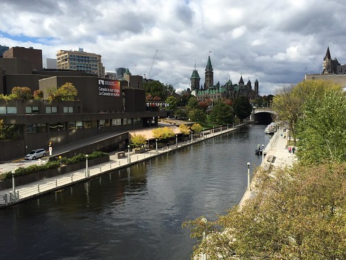 Love the early fall vibes in Ottawa.