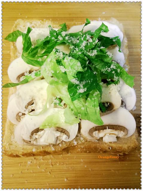 141017 經典乳酪蘑菇烤三明治-01