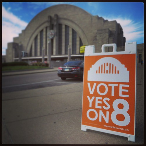 The photos from our tour of #UnionTerminal are up on our blog... http://bit.ly/VoteYESon8 @savingplaces @cincymuseum  #SavingPlaces #VoteYesUT #VoteYESon8