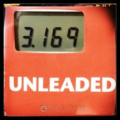 #cheapgas at Fred Meyers in #Bellingham #Washington   #holylowpricebatman #fillthetank #cheapfuel #roadtrip #moremoneyforfood