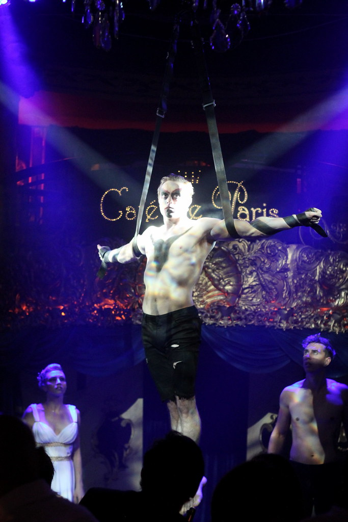 Cafe de Paris Cabaret (56)