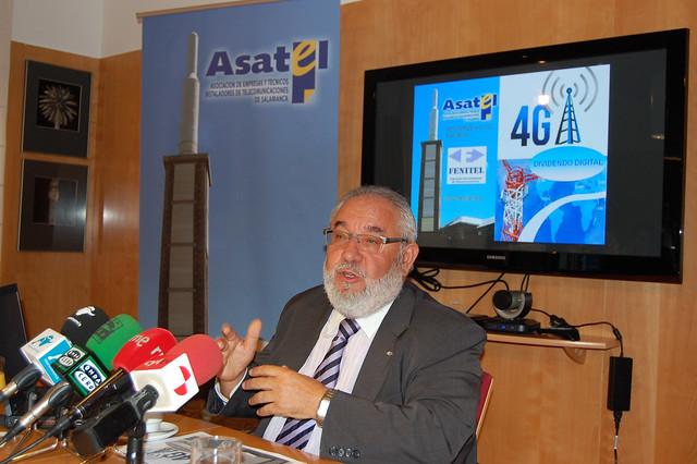 Antonio Mateos durante el desayuno informativo ASATEL