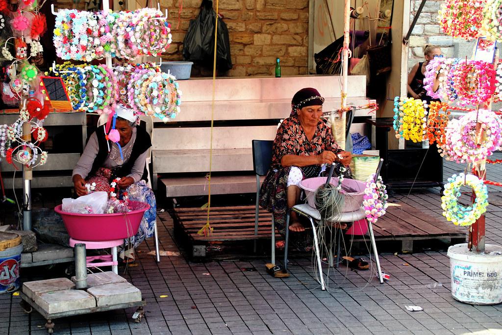 Handicraftswomen