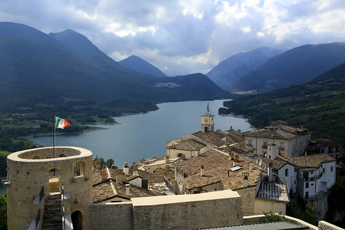 lago explore abruzzo abruzzi barrea lagodibarrea