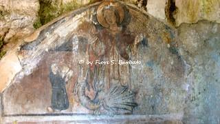 Preturo di Montoro Inferiore (AV), 2007, Affreschi nella grotta dell'Angelo.