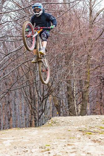 górażar iwonamalajka sonyslta65v bikes dirt downhill outdoor people międzybrodzieżywieckie śląskie poland pl freeride bikejumps mountainbike speed extreme