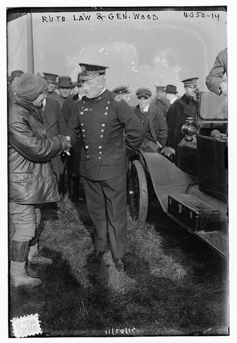 Ruth Law and Gen. Wood (LOC)