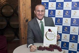El alcalde de Almendralejo presenta Iberovinac.