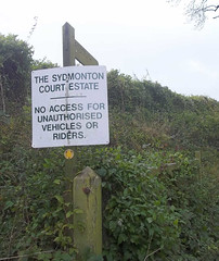 Sydmonton Court Estate sign