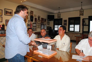 Apoyo mayoritario a Juan Sánchez Cumplido