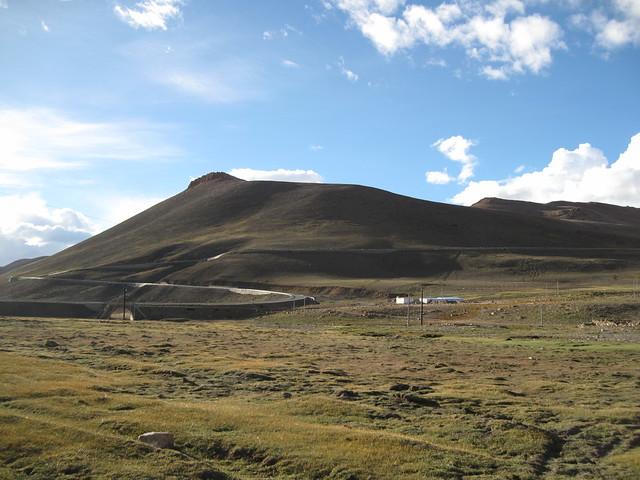 Lalung La Pass Saddle