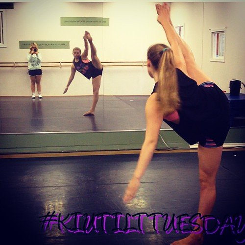 #KIUTILTTUESDAY with @anna_dancer5823 during her private ! #kiuan #tilttuesday #aldergrovedance by kiuandance