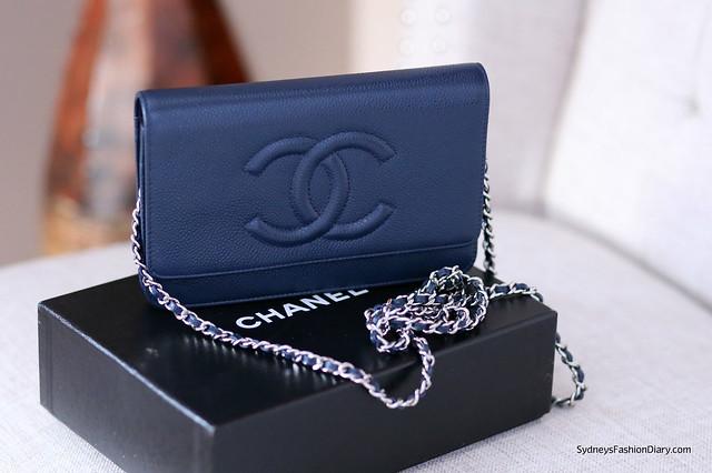 Chanel caviar WOC