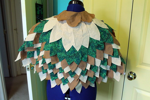 Owl cape, back