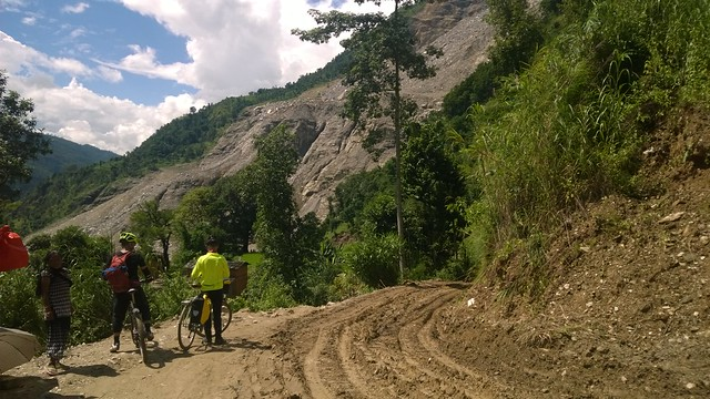 Ian & Andy, Arniko Highway landslide