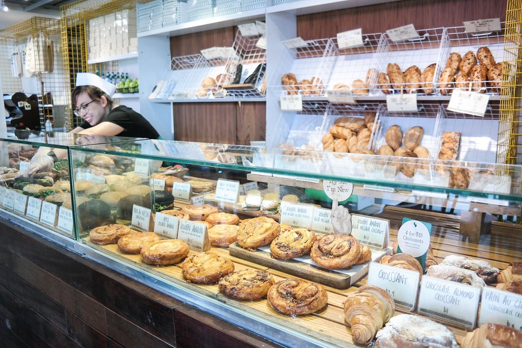 Tiong Bahru Bakery: Menu