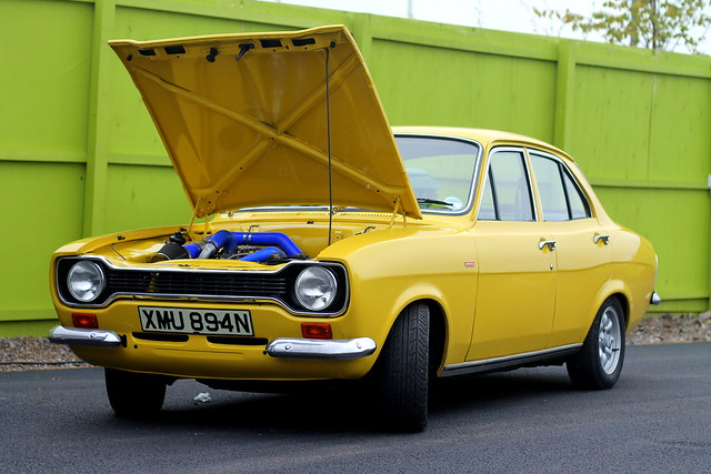 Classic car boot (30)