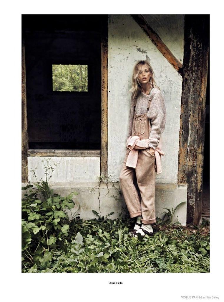 anja-rubik-cozy-knitwear08