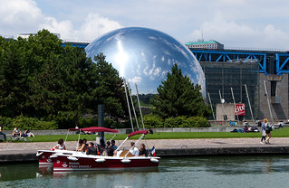Parc de la Villette - Canal de l'Ourcq et la Géode