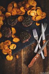 peppercorn-crueted-filet-mignon-7826