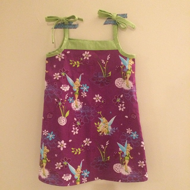 Tinkerbell sundress cut in July is finally sewn. Oliver + S Popover Sundress (free pattern). #kcw #kidsclothesweek #gettingcrafty #oliverands