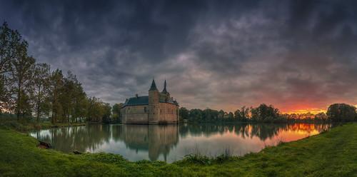sunset panorama storm castle belgium horst kasteel kortrijkdutsel holsbeek pietersrode ixtussy