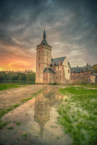 sunset storm castle belgium horst kasteel kortrijkdutsel holsbeek pietersrode ixtussy