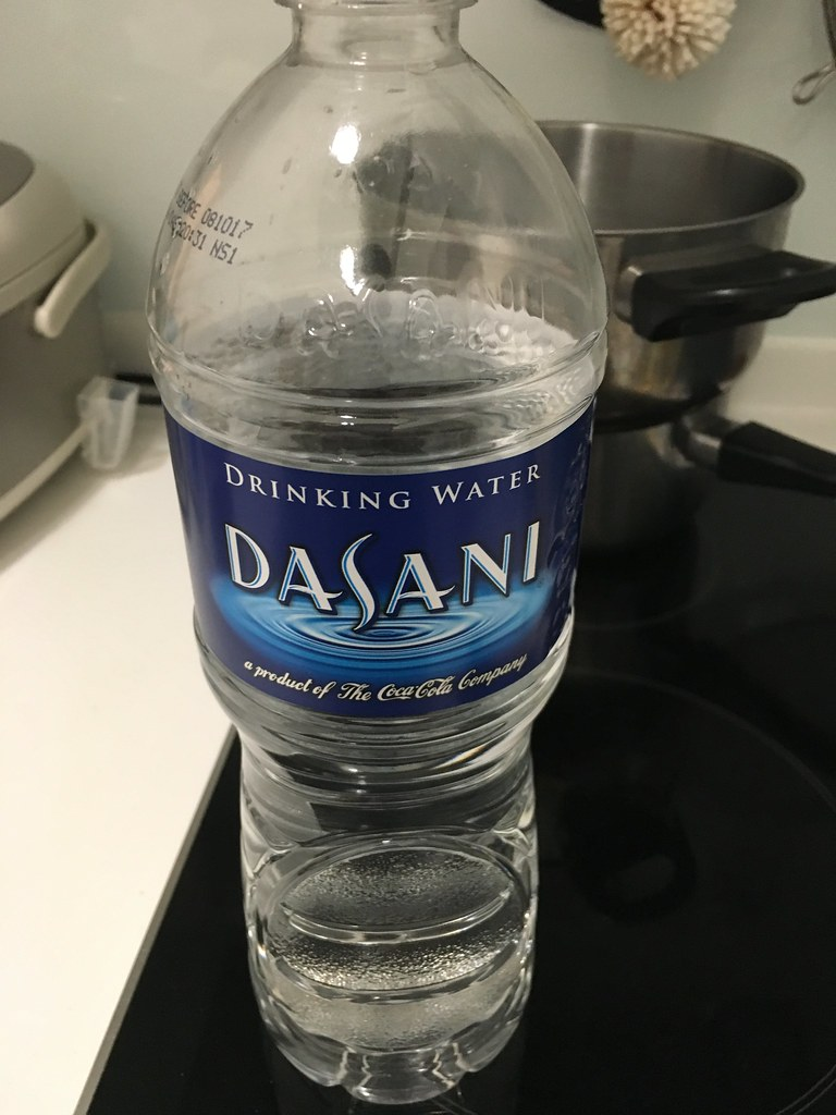 シンガポール飲料水 DASANI