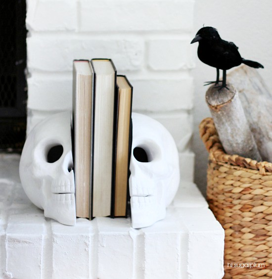 Hi Sugarplum | DIY Skull Bookends