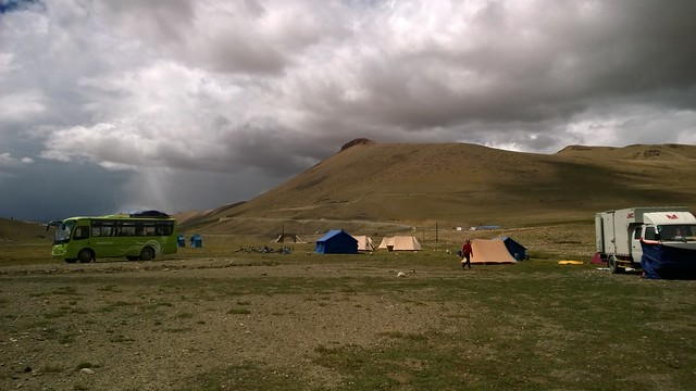 Lalung La Pass Saddle Camp