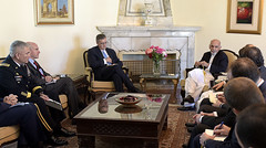 ISAF Commander Meets with President Ghani