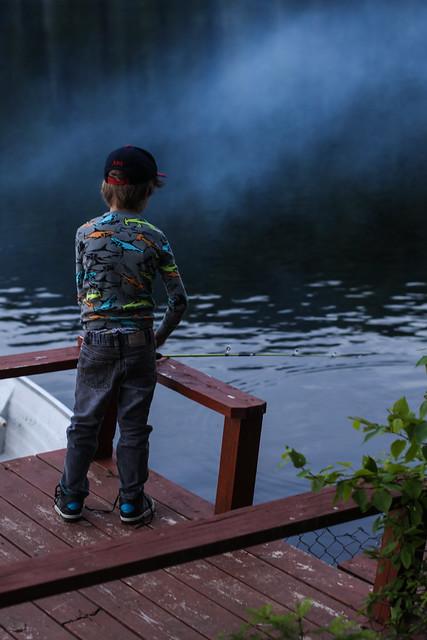 Axel va à la pêche