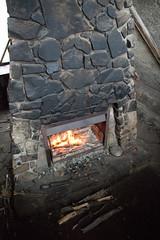 brickwork(0.0), masonry oven(1.0), wood(1.0), fireplace(1.0), hearth(1.0),