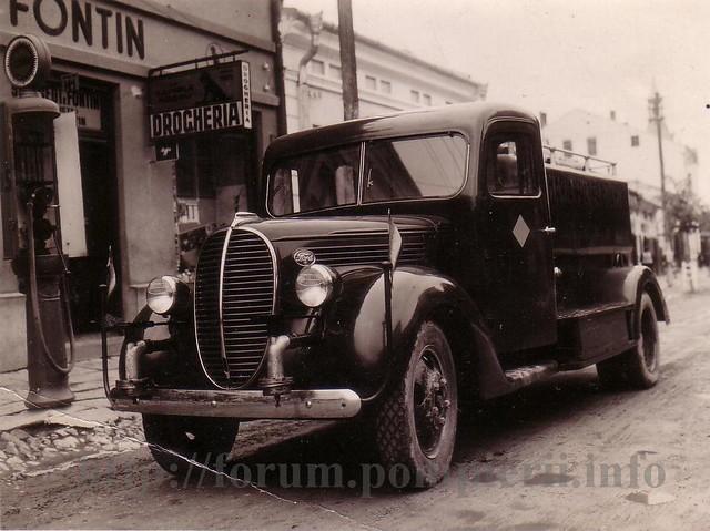 APC Ford anii 30