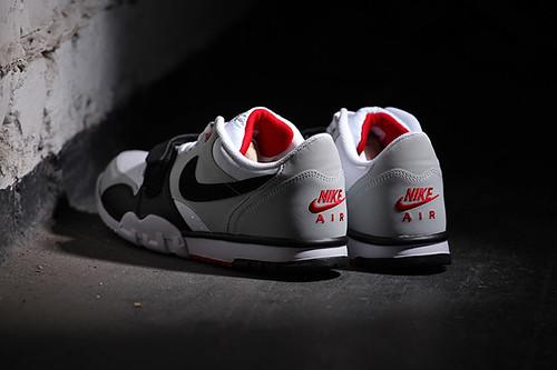 Nike-Air-Trainer-1-Low-White-Black-Red_b7-1