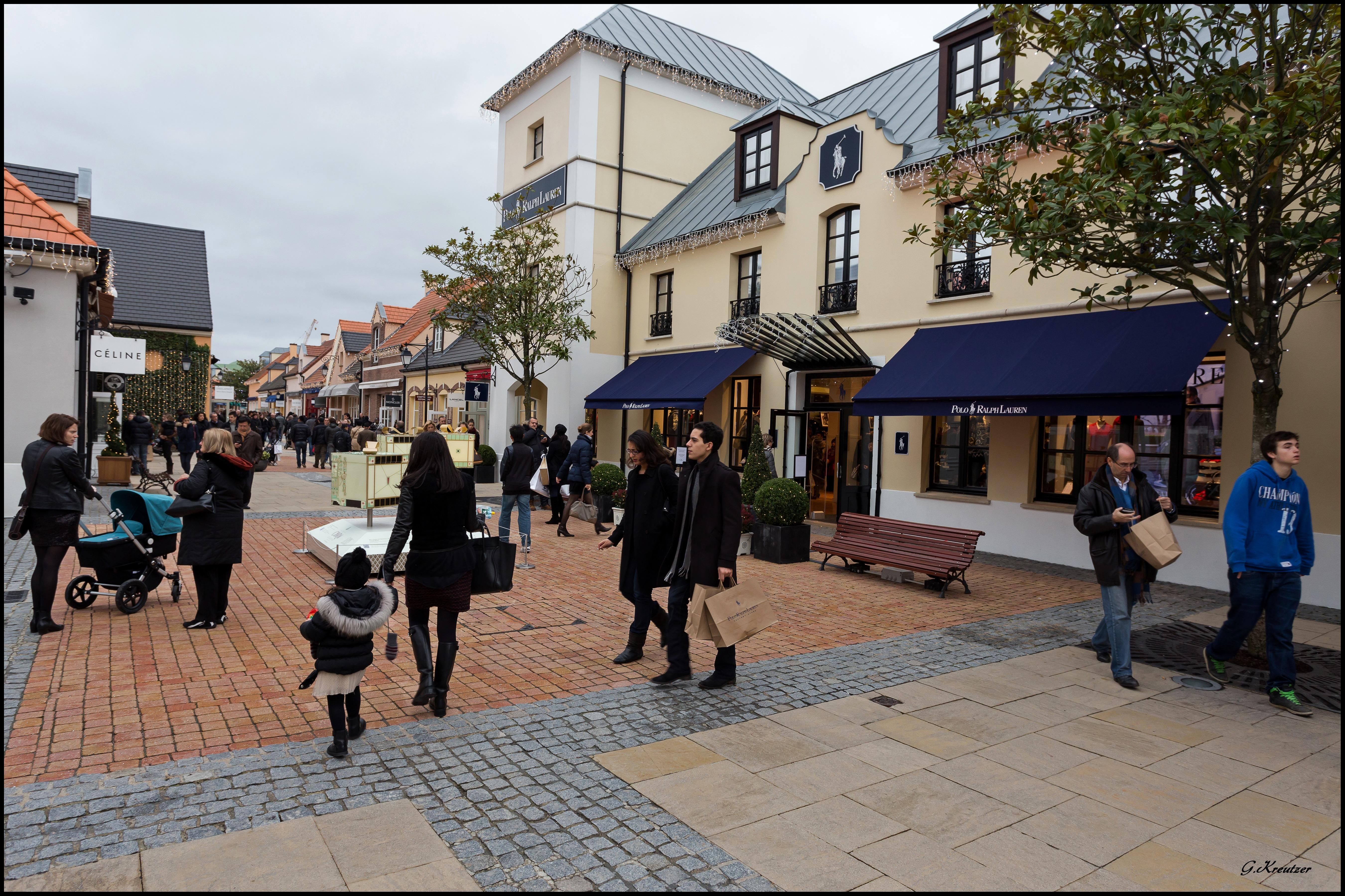 Enjoy outlet shopping outside of the chic Paris