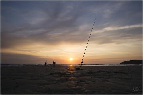 sunset france beach landscape vacances twilight fisherman plage manche 2014 crépuscule lespieux pêcheur capdeflamanville leicamtype240
