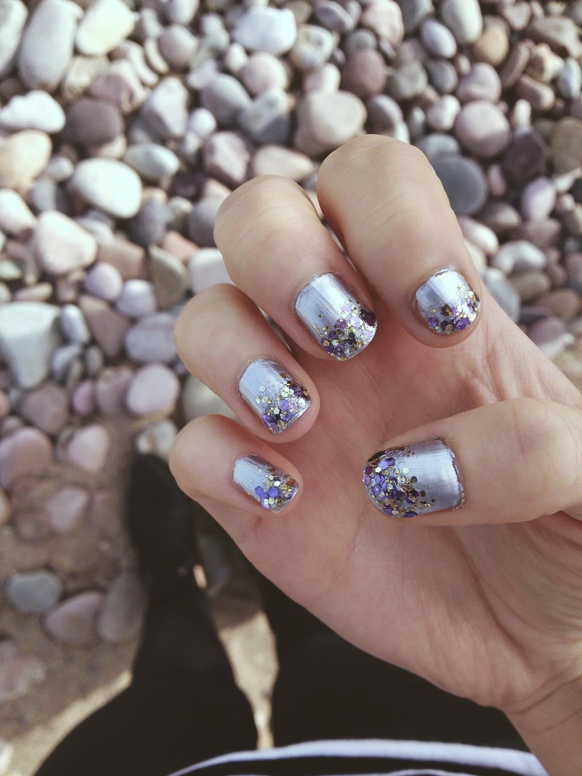 Glitter tip nails 5